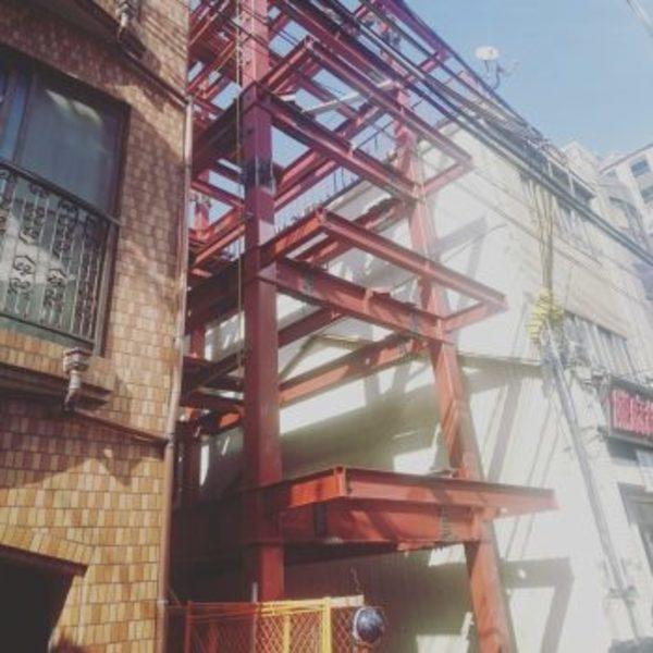 ホテル新築工事中のサムネイル